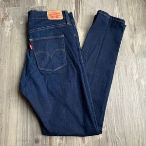 Levis Slimming Skinny Jeans Dark Wash 30x30